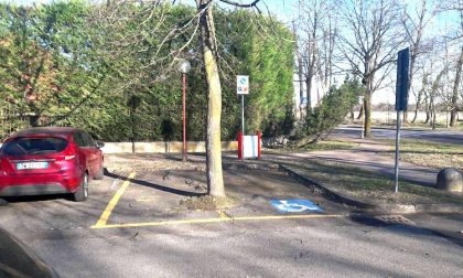 Parcheggi disabili abusivi senza autorizzazioni: caccia al responsabile