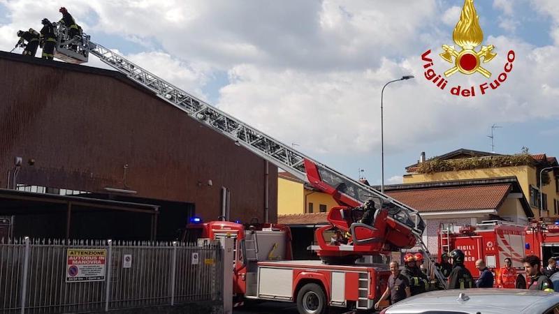 Incendio sul tetto