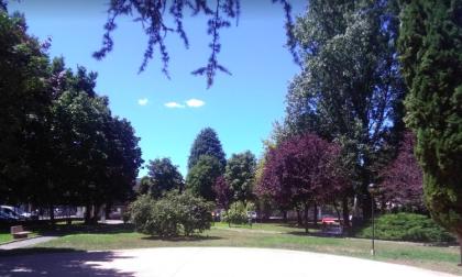 Nuovi giochi e vialetti, al via i lavori di riqualificazione al Parco Clivia