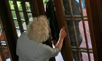 """Truffe in casa, il Comune allerta i cittadini: """"Non aprite per alcun motivo"""""""
