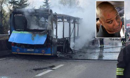 Autobus incendiato, la Procura chiede il rito immediato per l'autista