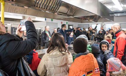 Mensa di Pieve, ancora una vite nel piatto: da oggi metal detector a scuola