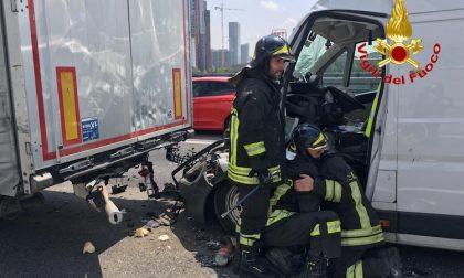 Incidente sulla A4: elisoccorso sul posto FOTO