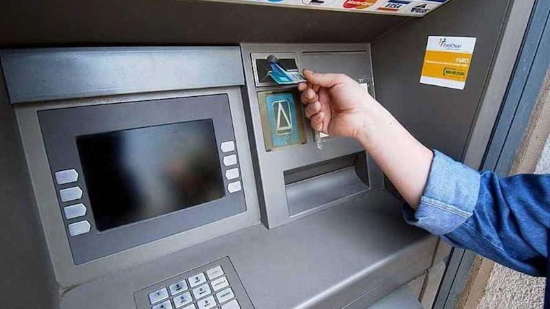 bancomat rubato
