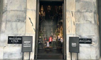 Crollo in Borsa per Abercrombie: chiuderà il negozio di Milano
