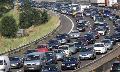 Incidente Tangenziale Ovest: traffico intenso lungo la strada