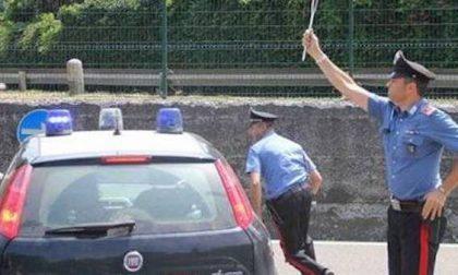 Folle corsa in tangenziale contromano: arrestato dai carabinieri dopo lungo inseguimento
