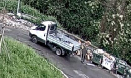 Incivile scarica rifiuti edili sulla strada: beccato dalle telecamere e multato