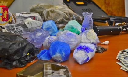 Armi e droga in casa: arrestati nel quartiere Lorenteggio