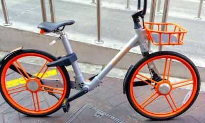 Provano a rubare una bici del bike sharing: arrestati dalla polizia