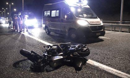 Ubriaco travolge e uccide due ragazzi in moto sulla Tangenziale Nord FOTO