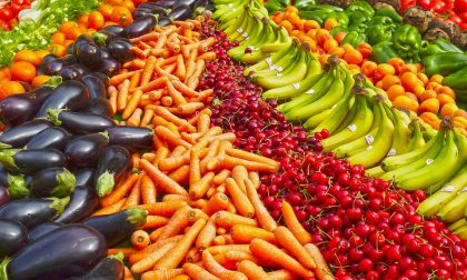 Frutta e verdura di stagione ci ricaricano di energia