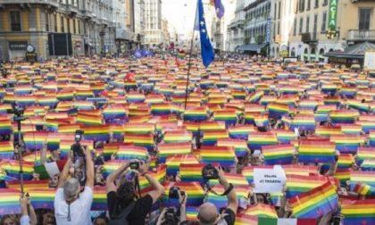 Milano Pride 2019, la grande parata nel 50° anniversario del Movimento Lgbt