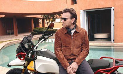 Moto Guzzi V85TT, in sella c'è Ewan McGregor