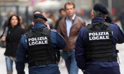 Aggredisce due anziani senza motivo: arrestato dalla polizia