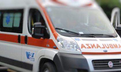 Auto contro moto in viale Milanofiori: un ferito