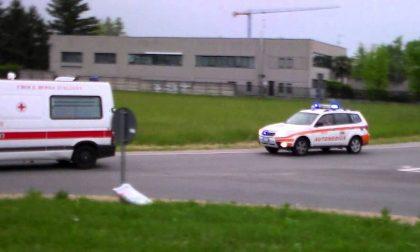 Operaio cade da sette metri a Buccinasco: è gravissimo