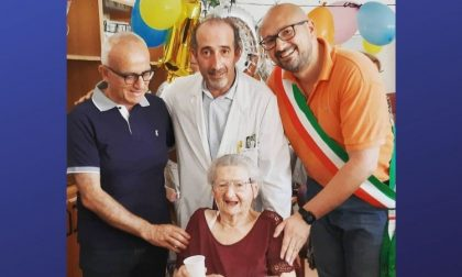 Auguri alla signora Luigina per i suoi cento anni