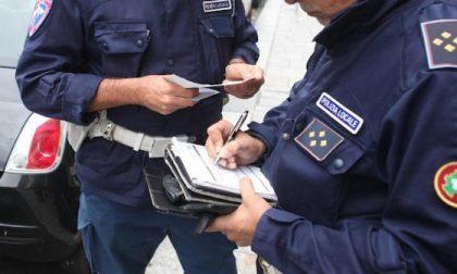 Vigili corrotti: toglievano le multe in cambio di regali e soldi