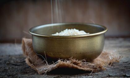 Insalata di riso esotica, perfetta per l'estate