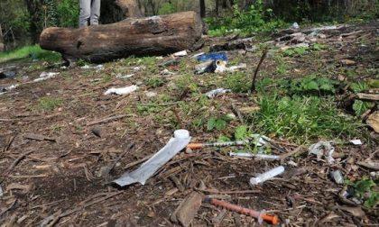 Un 33enne trovato morto al boschetto della droga di Rogoredo