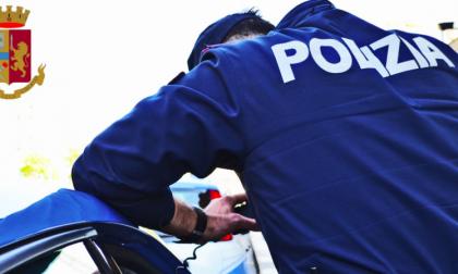 Ruba gioielli in appartamento: arrestato ladro 27enne