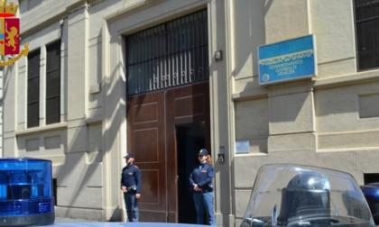 Controlli antidroga, la polizia arresta due spacciatori