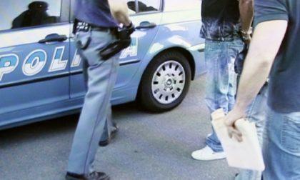 Aggrediscono poliziotti per evitare i controlli: arrestate tre persone