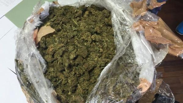 marijuana nel cestino