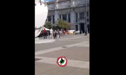 Militare aggredito in Stazione Centrale, il video della violenza