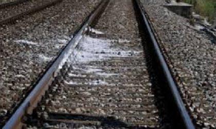 Uomo di 47 anni muore investito dal treno