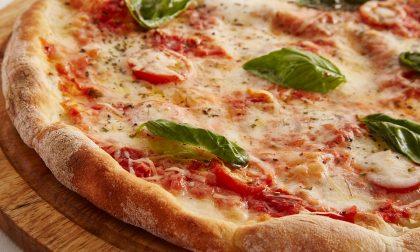La pizza fa bene al nostro organismo, senza esagerare!