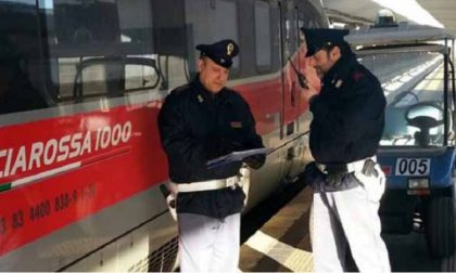 Approfitta della confusione sul treno e ruba i bagagli ai passeggeri: arrestato