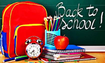 Il messaggio di benvenuto a scuola per i piccoli alunni di Cesano FOTO