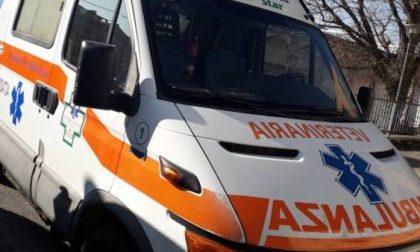 Incidente tra auto e moto a Corsico: un ferito