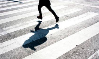 Investito mentre attraversa la strada: ferito bambino di 8 anni
