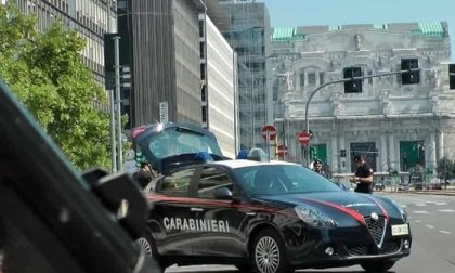 Piazza Duca d'Aosta: controlli straordinari dei carabinieri