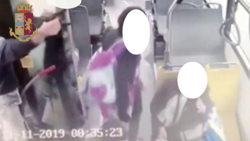 Colpi di pistola bus