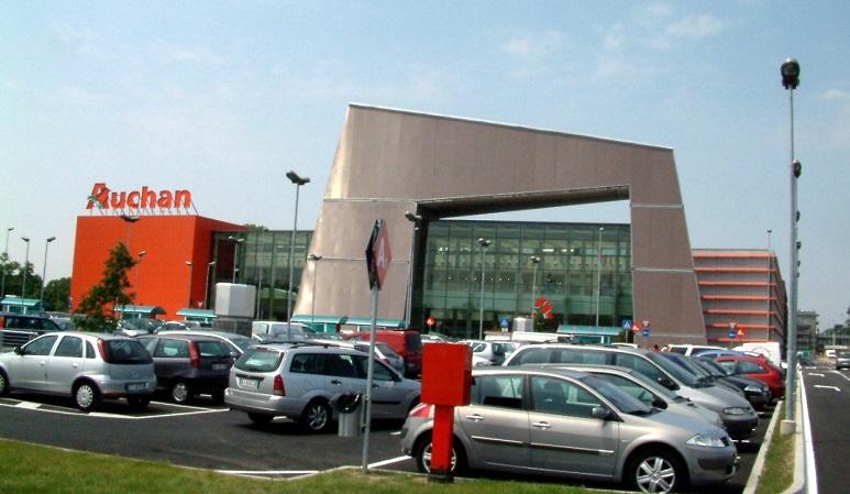 Auchan Tavoli Da Giardino.Caso Auchan Una Mozione Della Maggioranza Per Chiedere Azioni
