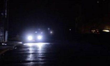 Perché alcune strade di Cesano sono al buio?