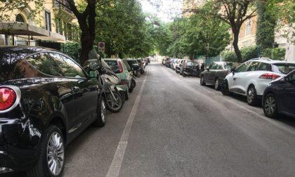 Chiede soldi per parcheggi liberi: arrestato per tentata estorsione