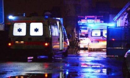 Grave incidente nella notte: 42enne in coma e ragazza di 19 anni in condizioni critiche