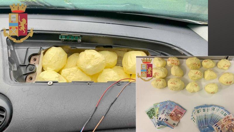 Nasconde in auto cocaina