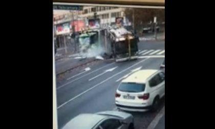 """Scontro autobus Atm-camion Amsa, il guidatore: """"Ho avuto un malore"""""""