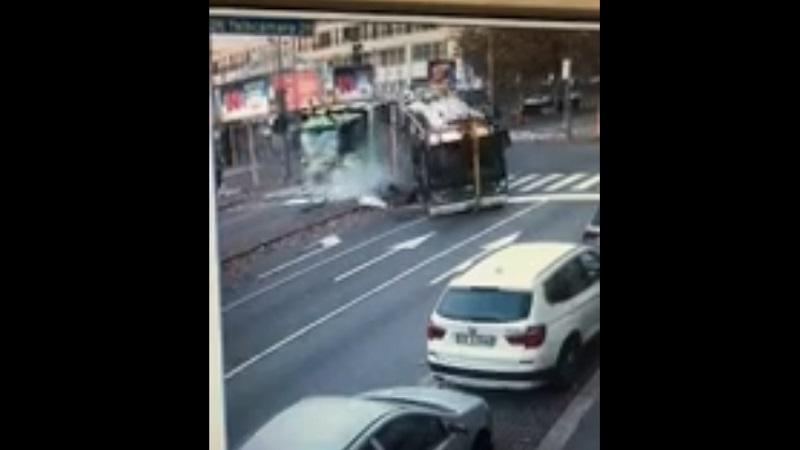 Scontro autobus Atm camion Amsa