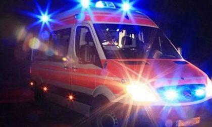 Investita e trascinata per alcuni metri: ferita una donna di 46 anni