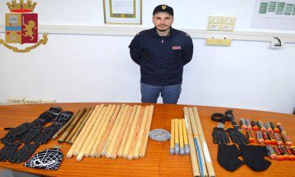 Sequestrati a ultrà del Barcelona mazze chiodate e tirapugni