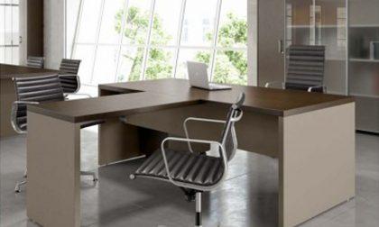 Più funzionalità in ufficio, perché scegliere una scrivania angolare