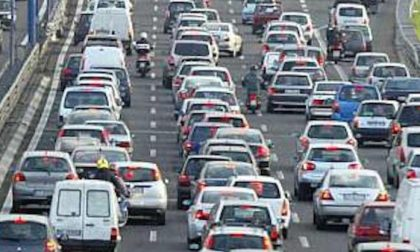 Sulla tangenziale tre incidenti in mezz'ora: traffico difficoltoso lungo la strada