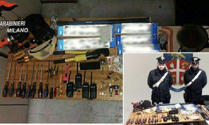 Ladri provano a investire i carabinieri e scappano: presi